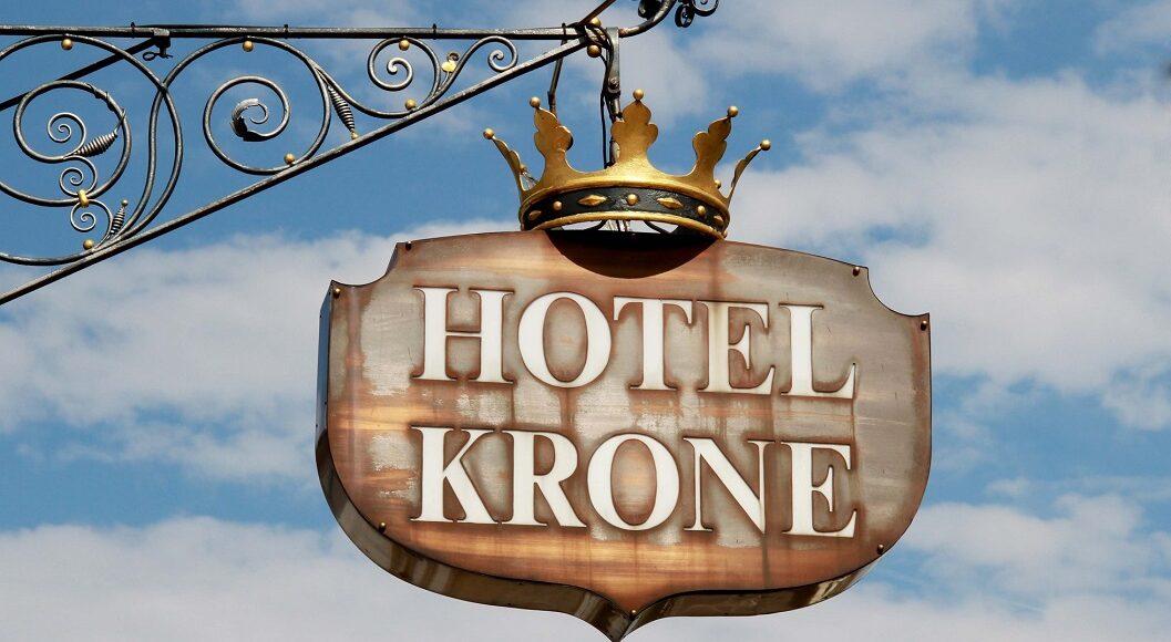 Hotel & Gasthof Krone Zusmarshausen Schild