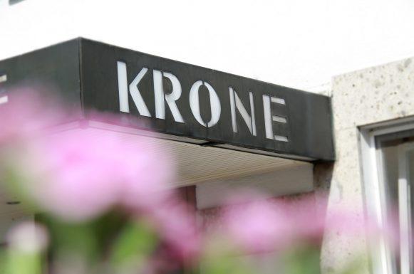Hotel & Gasthof Krone Zusmarshausen Krone Schriftzug