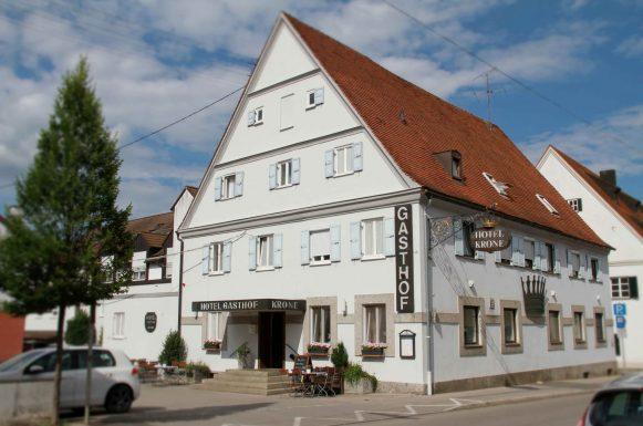 Hotel & Gasthof Krone Zusmarshausen Außenansicht