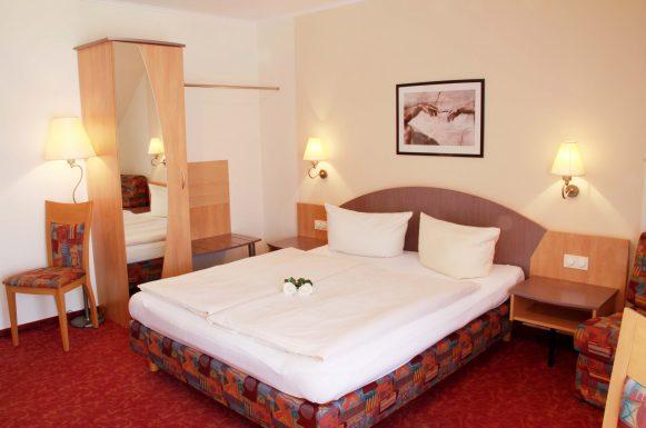 Hotel & Gasthof Krone Zusmarshausen Doppelzimmer