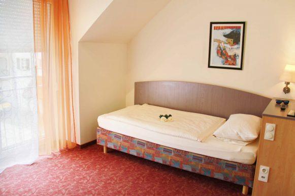 Hotel & Gasthof Krone Zusmarshausen Zimmer